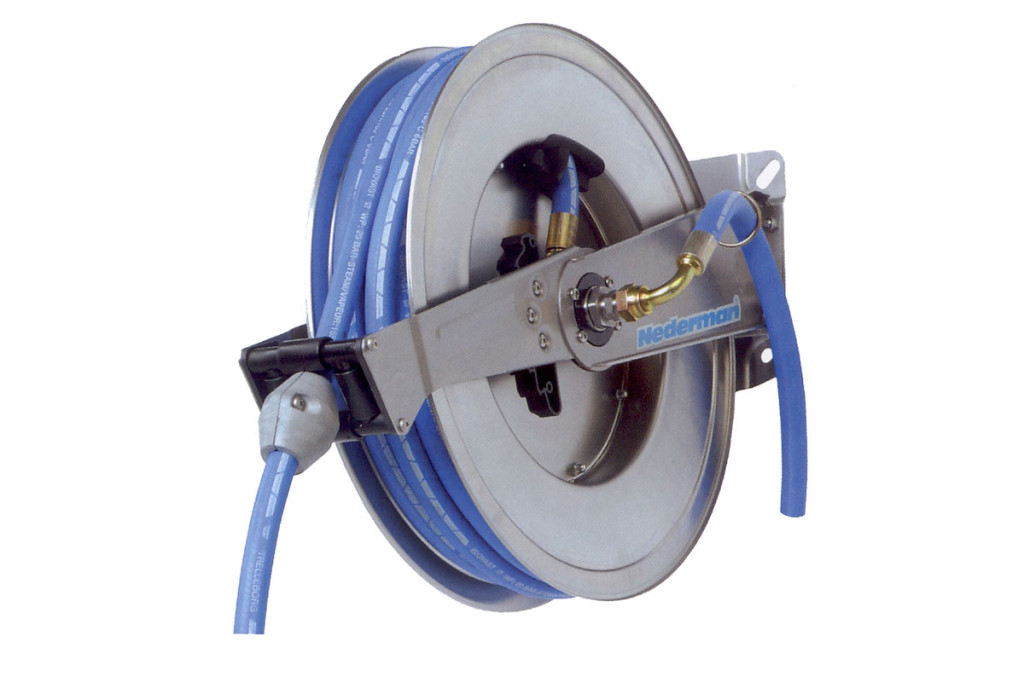 Hose reels and hoses Type 889, retractable