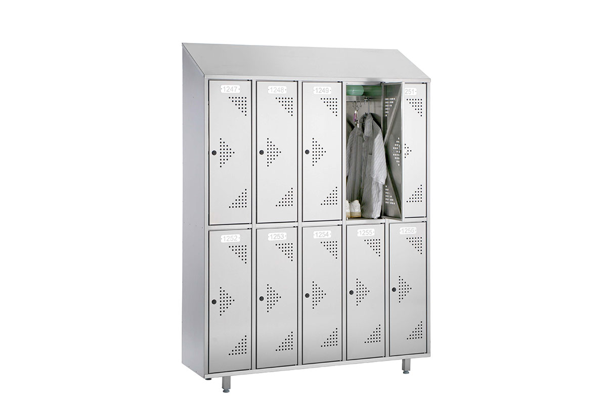 Wardrobe installation Locker