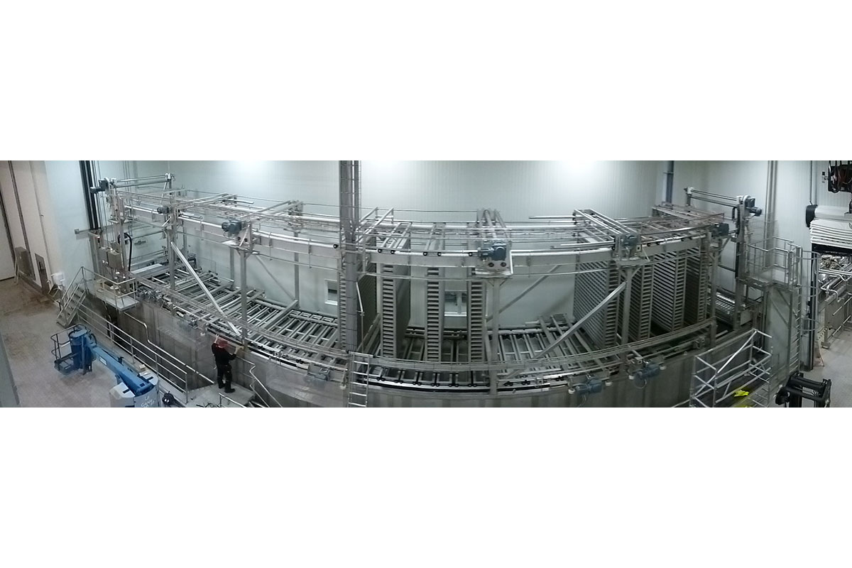 Salt bath system with bar feed